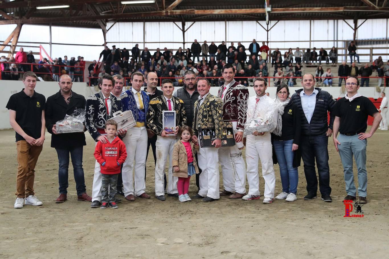 Photo souvenir du concours landais de Castel-Sarrazin
